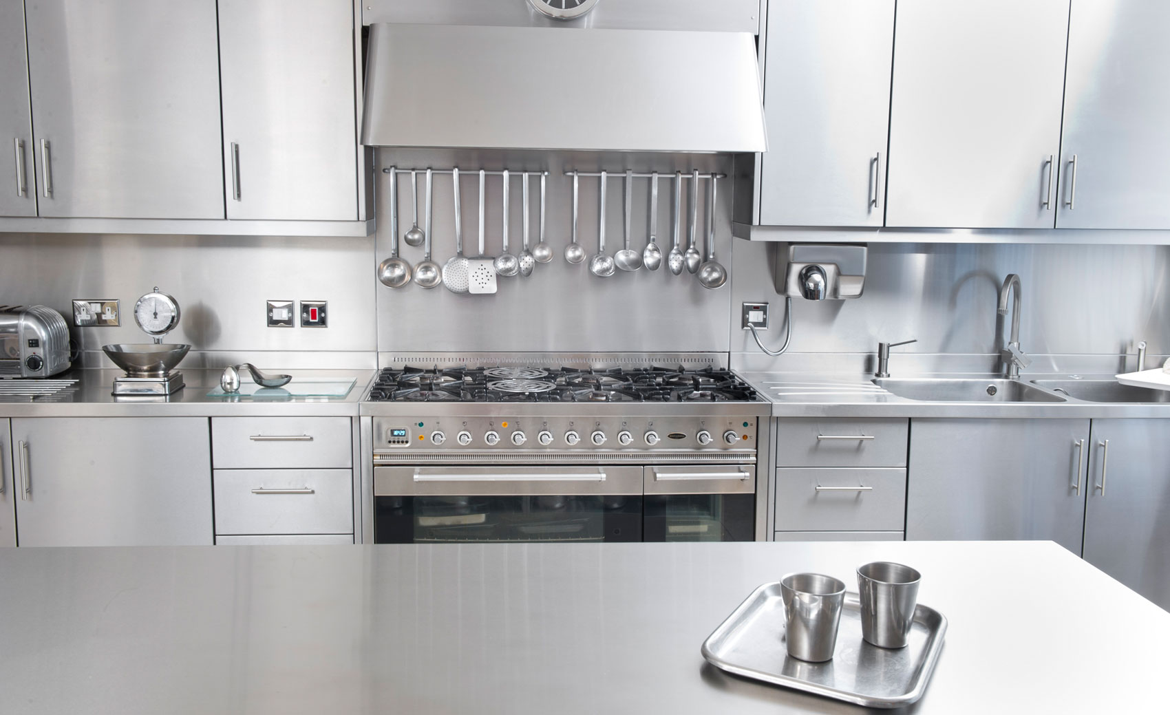 Stainless Steel Kitchen Cabinet, Worktops U0026 Splash Backs UK | Cavendish  Equipment